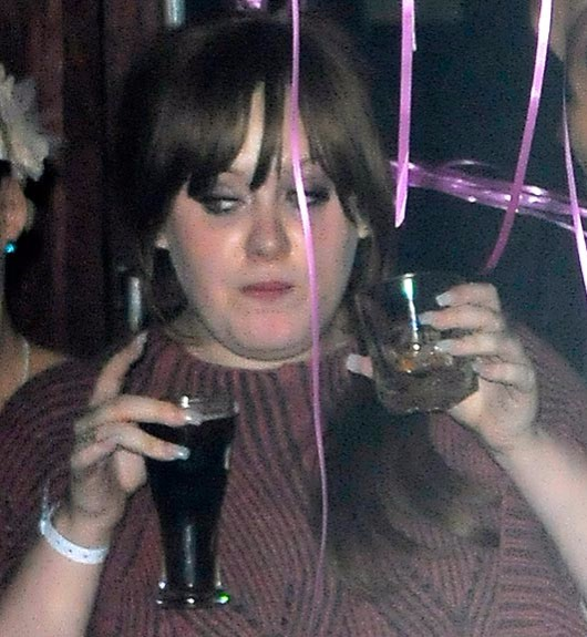 Adele banned from her own Twitter account due to drunk tweets photo