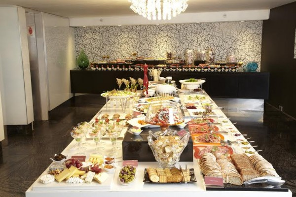 Indulge in a decadent Sunday Lunch at the African Pride 15 on Orange Hotel in Cape Town photo