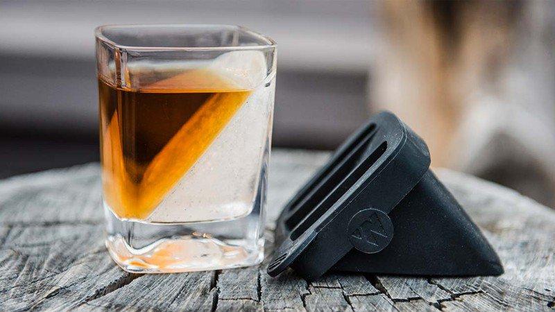 Corkcicle Whiskey Wedge photo