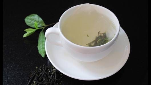 How to grow and make your own tea photo