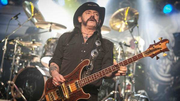 Here's why 50 000 people signed a petition to name Jack Daniels And Coke as Lemmy photo