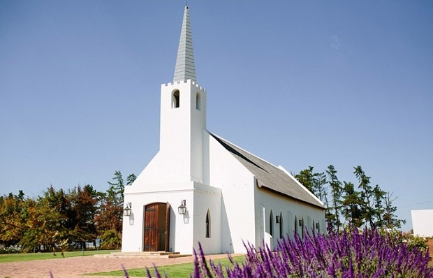vondeling Why You Should Tie The Knot At Vondeling Wines This Year