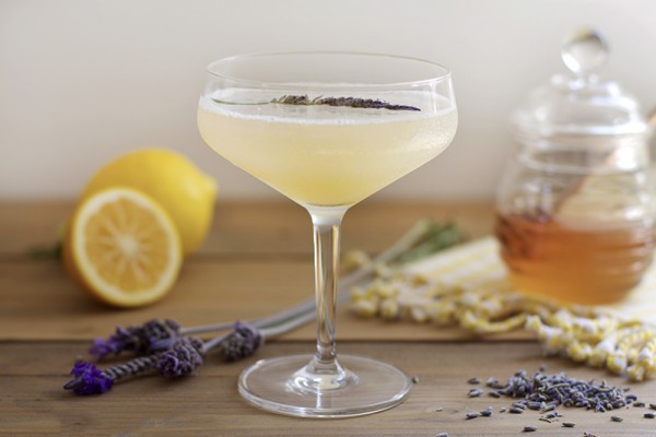 lavender bees knees cocktail1 e1456299464988 5 Best Ways To Make CBD Infused Cocktails