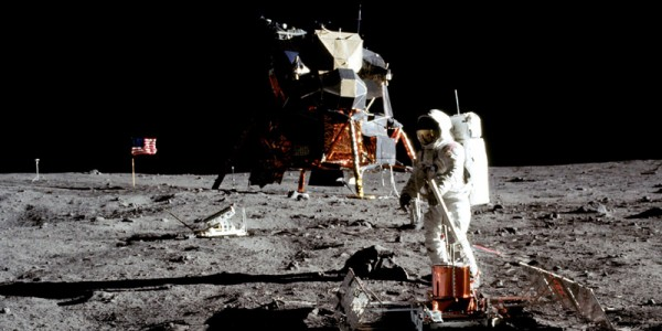 Buzz Aldrin drank wine on the moon, but NASA didn`t want you to know about it photo