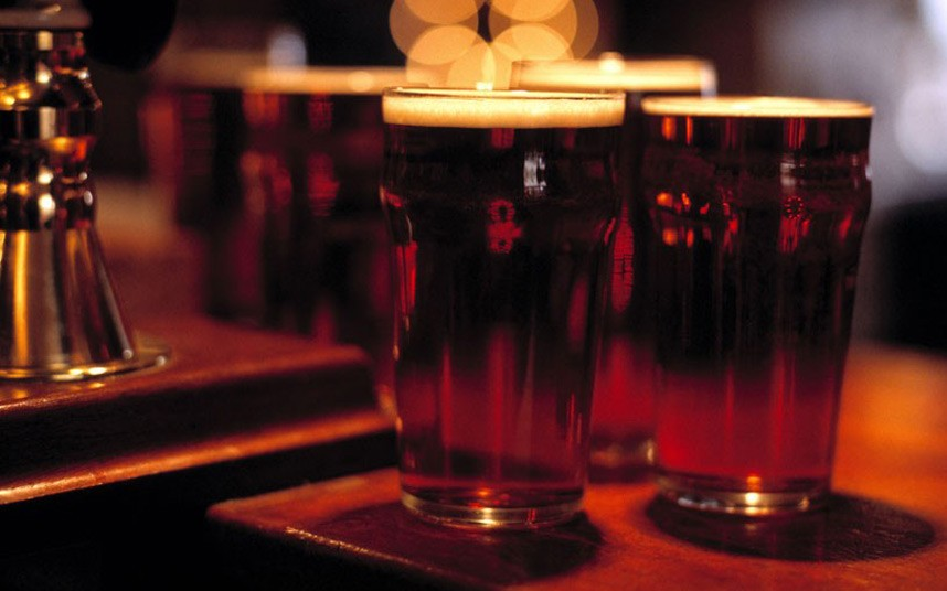 Beer could help 'protect brain against Parkinson's and Alzheimer's' photo
