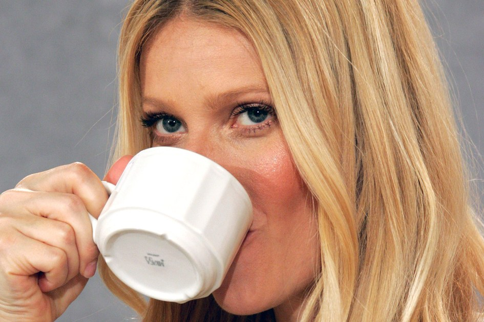 No, Gwyneth Paltrow's Breakfast Smoothies Don't Cost $200 Each photo