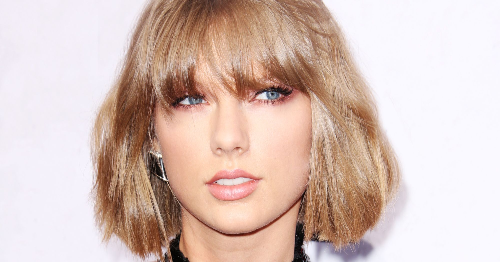 Never go out of style, she said? Taylor Swift's Favorite Cocktail is Diet Coke and Vodka. photo