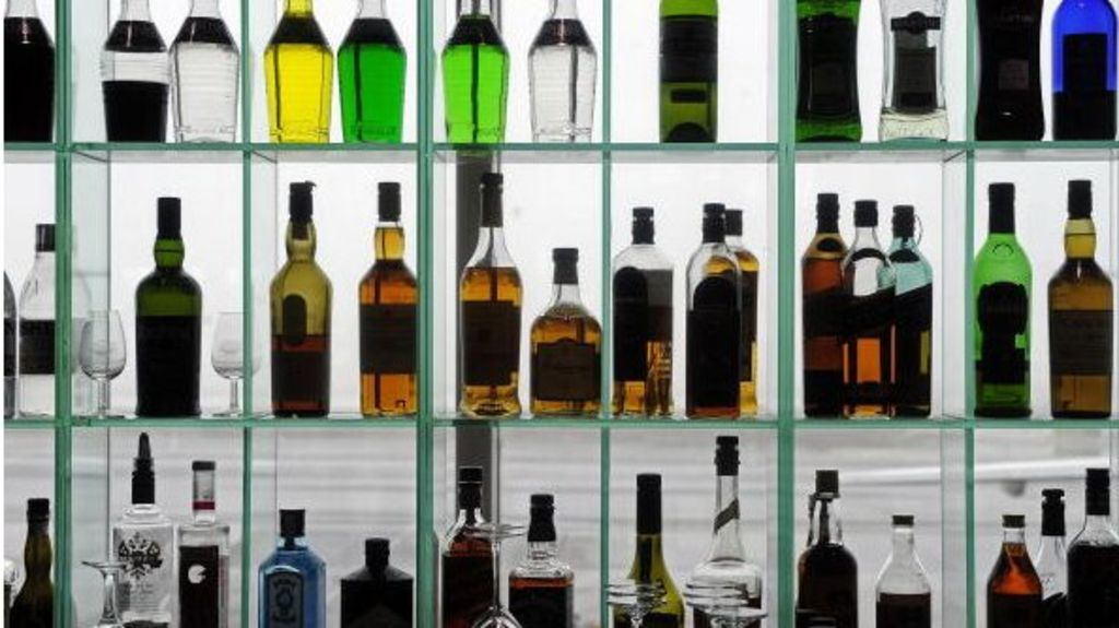 Finland to free up strict drinking laws photo