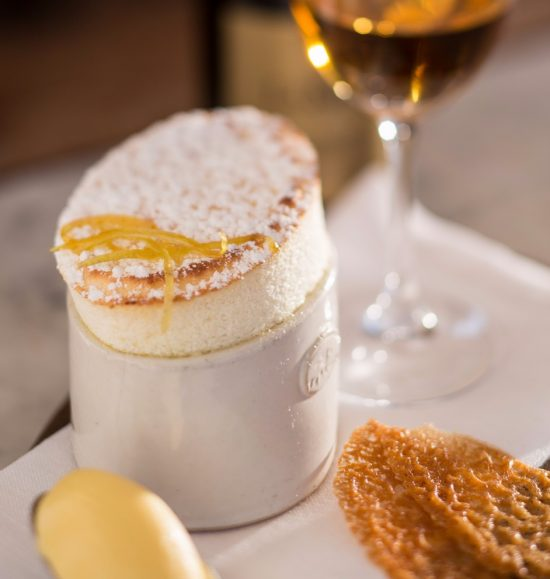 Lemon and vanilla soufflé with Straw Wine photo