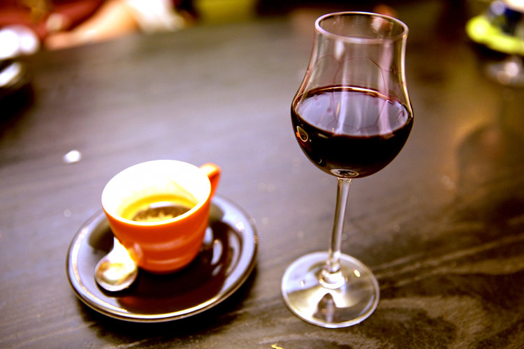 Coffee, wine keep microbes in your gut healthy, scientists say photo