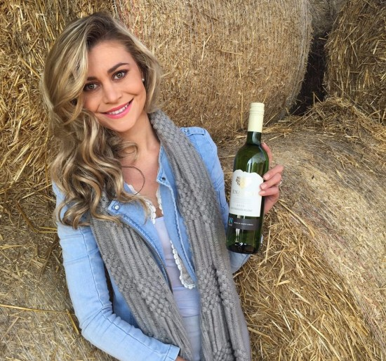 Miss Earth South Africa represents Enaleni Vineyards photo