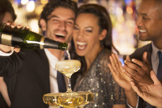 How to Pick the Perfect Wine for a Big Party photo