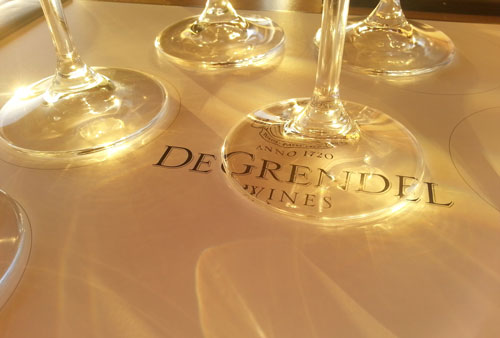 Join the De Grendel Loyalty Club and have wine delivered to your door for FREE! photo