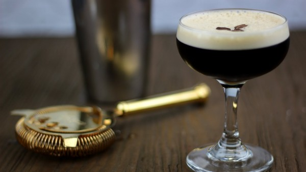 How to make an Espresso Martini that doesn`t suck photo