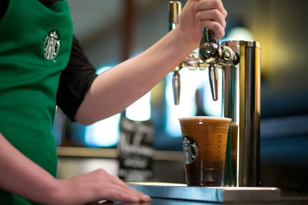 Starbucks introduces Nitro Cold Brew Coffee on tap photo