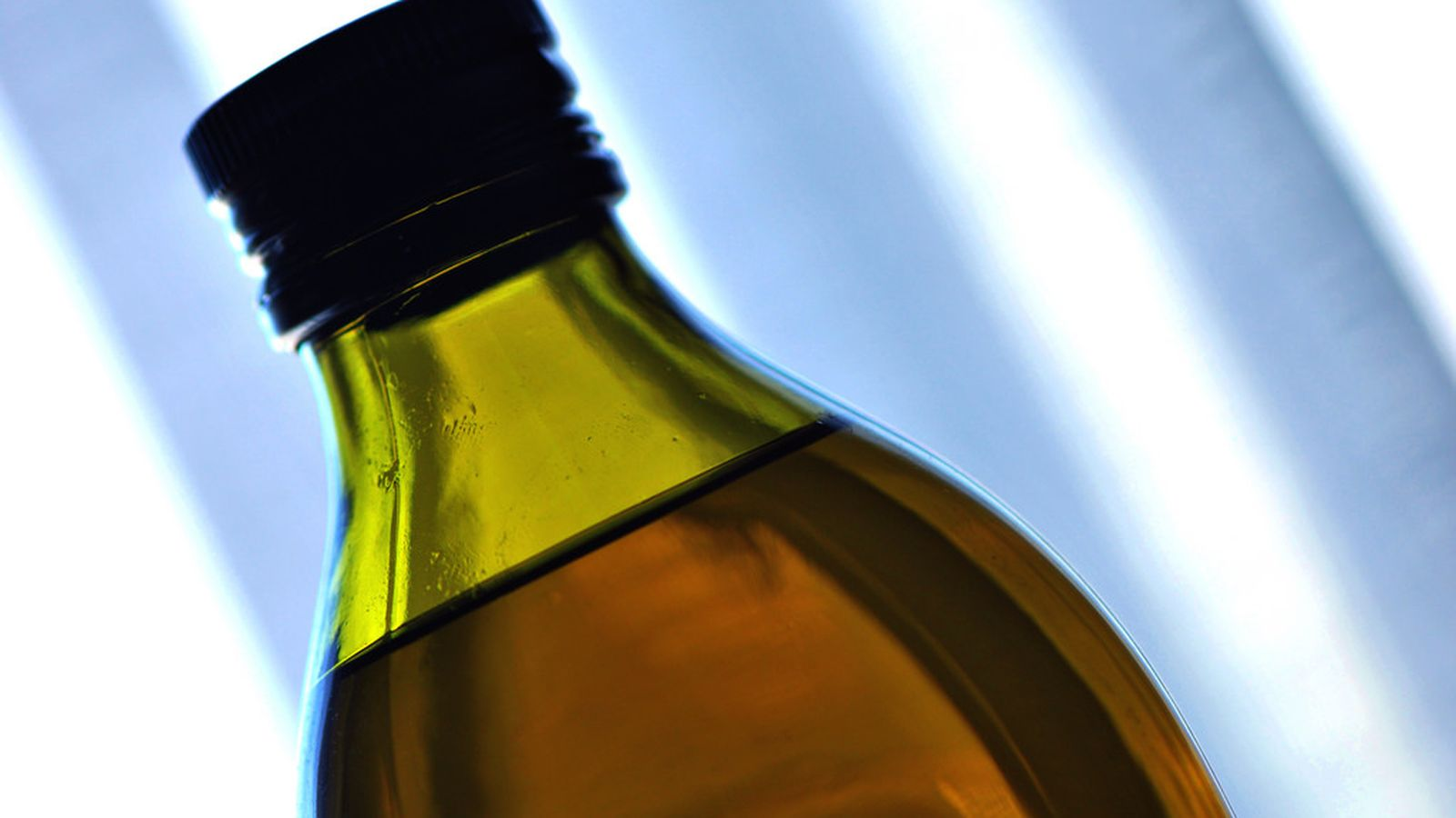 Italian Olive Oil Producers Slapped With Fines for 'Extra Virgin' Fraud photo