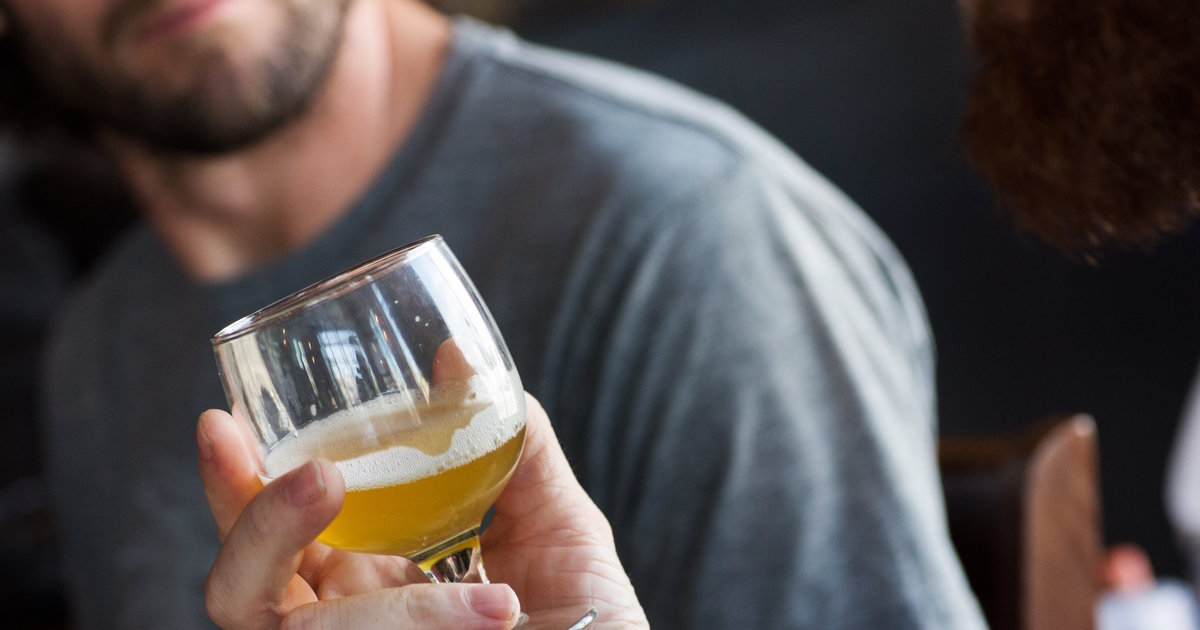 9 Ways You're Ruining Your Beer photo
