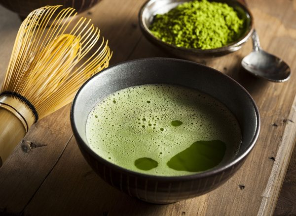 matcha green tea powder wisk e1473321294353 Discover All About Japanese Green Teas, Its History and Health Benefits