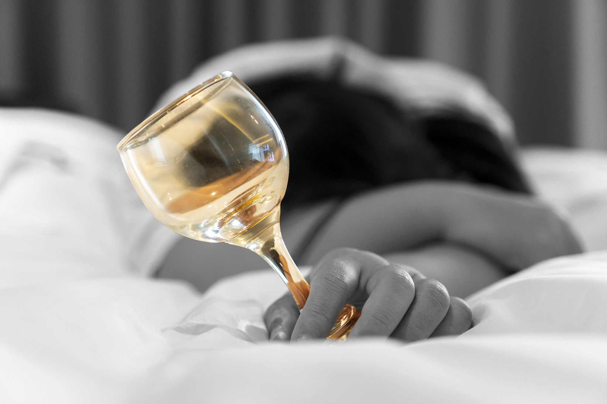 Drinking wine before bed could keep you slimmer photo