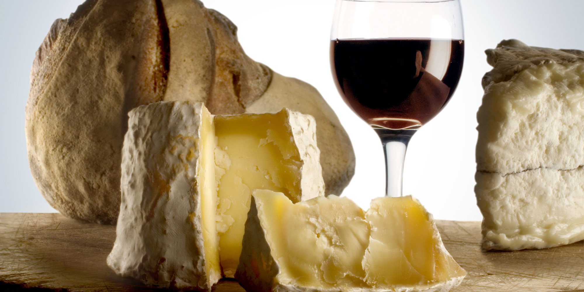 Study Finds That Cheese Makes Wine Taste Even Better photo