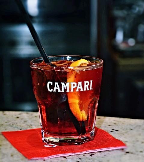 campari 1668534 960 720 7 of the Most Common Liqueurs, Explained