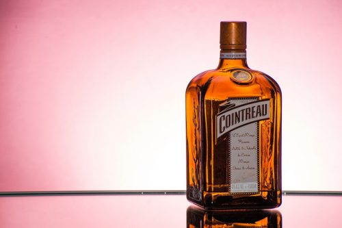 cointreau 438456 960 720 e1476603112322 7 of the Most Common Liqueurs, Explained