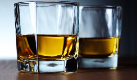 9 Mind-Blowing Liquor Myths Debunked photo