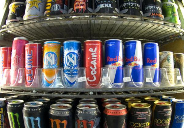 Science finds mixing alcohol and energy drinks has same effect as taking cocaine photo