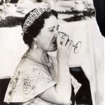Queen Mother Elizabeth, a heavy drinker who lived to see 101 years photo