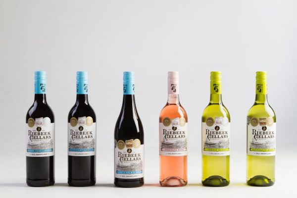 Famous 75-year olds rate the award winning wines of Riebeek Cellars photo