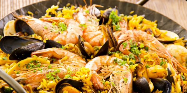 seafood paella e1477396003309 The Best Wines to Pair with Paella