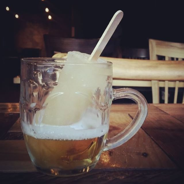 Cape Town Bistro introduces South Africa`s first Beer Lollies photo