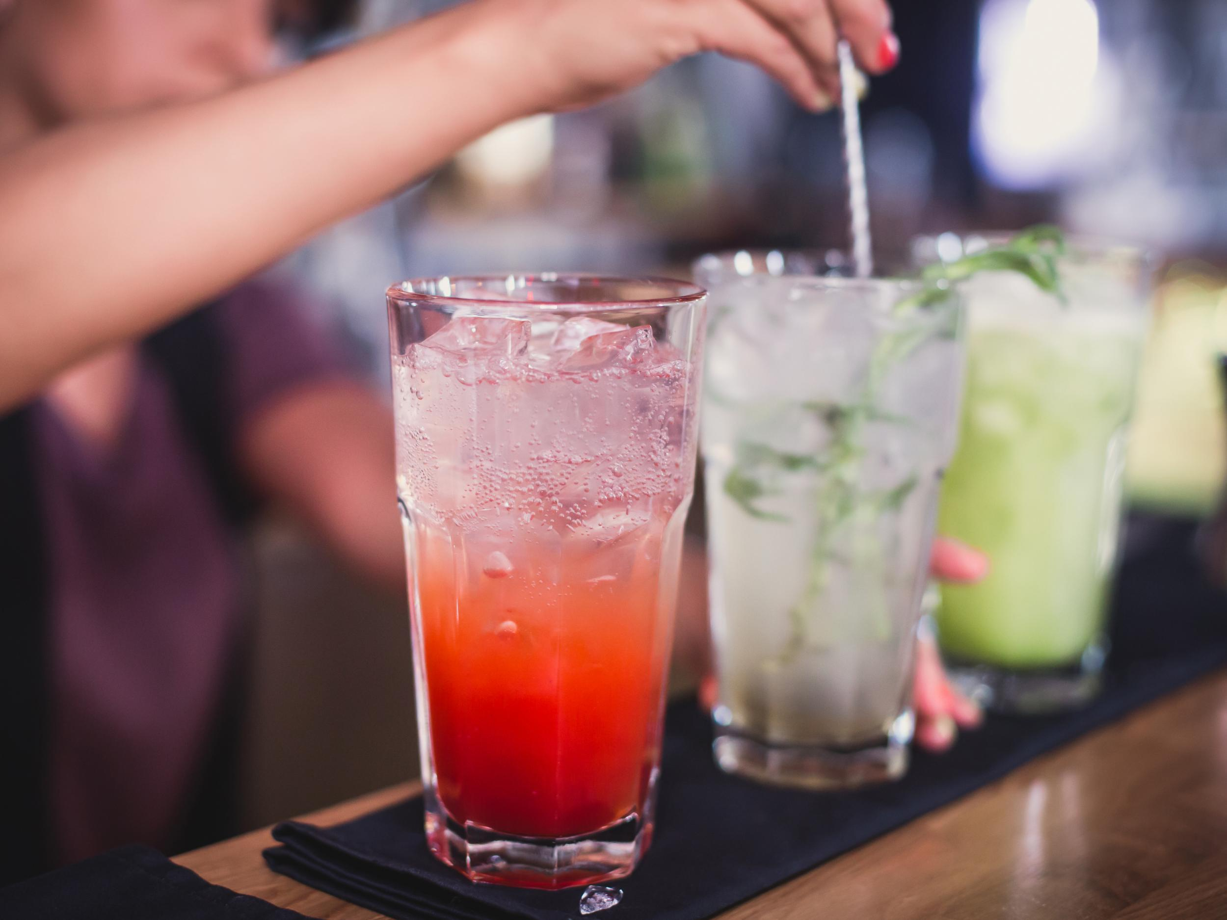 Hangover-free alcohol could replace all regular alcohol by 2050 photo