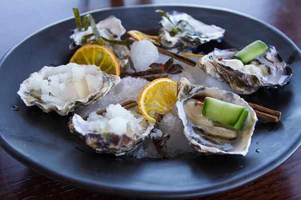 De Grendel Partners with Knysna Oyster Co. photo