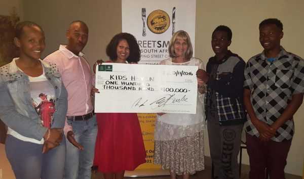 StreetSmart diners raise R100 000 in Johannesburg photo