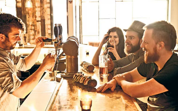 Forget Dry January. Drinking in pub with friends is good for you, says Oxford University photo