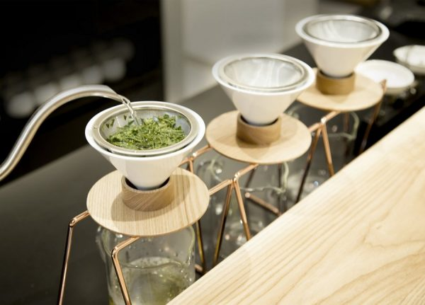 The world`s first hand-drip Green Tea shop opens in Japan photo