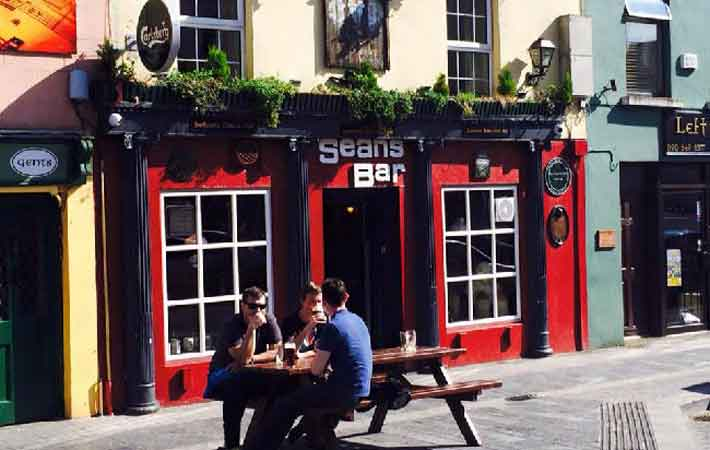 Look inside Ireland's oldest pub – it might be the oldest in the world photo