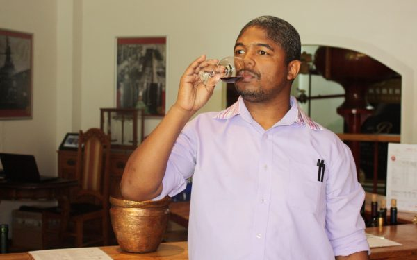 Interview with Medwin Pietersen – The New Tasting Room Manager at Backsberg photo