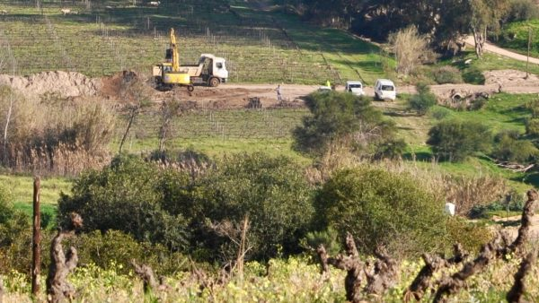 South African Vintners Angry over Mining Permits in Swartland Wine Region photo