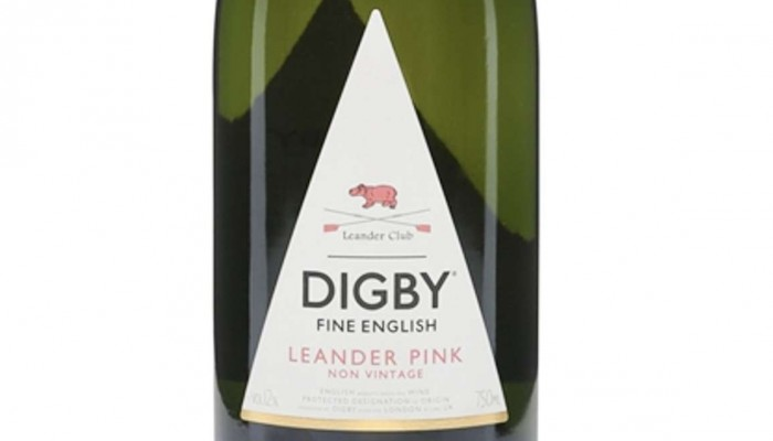 English Sparkling Wines Are Pushing Champagne Off Its Pedestal photo