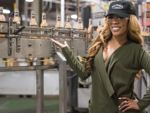 "K. Michelle Is Face Of Jack Daniel's New ""southern Peach"" Country Cocktails photo"