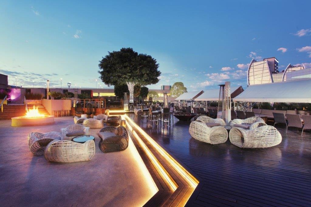 Top 3 Bubbly Drinking Spots In Jozi photo