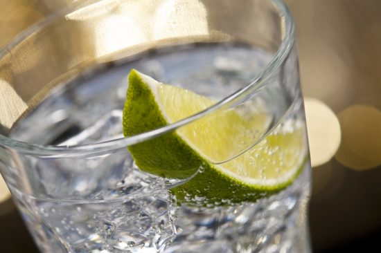 gin tonic e1488439631704 The 10 Most Popular Casino Drinks