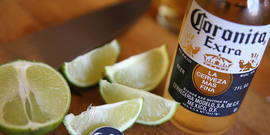 8 Things You Should Know Before Drinking A Corona photo