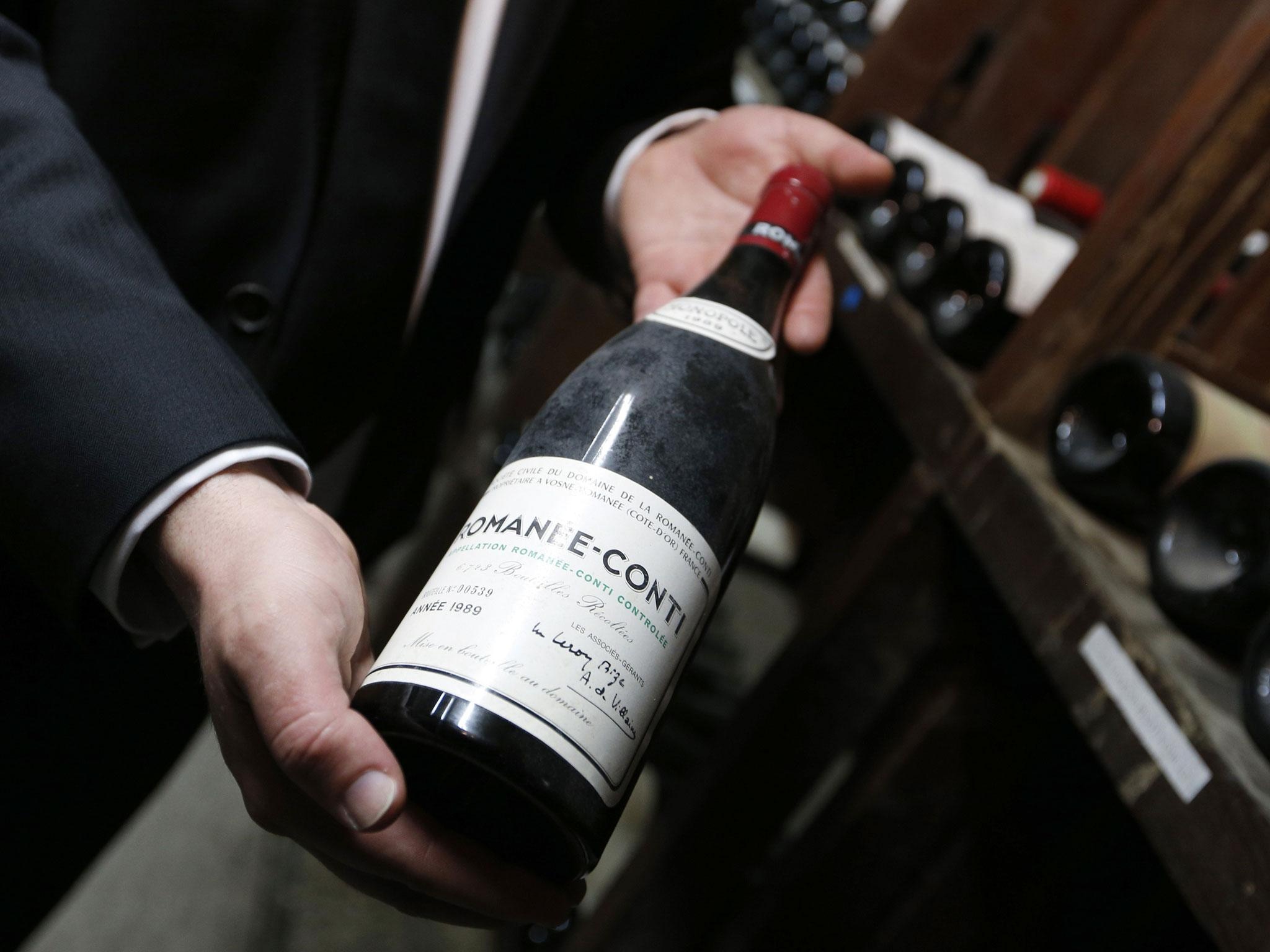 Red wine compound can slow brain ageing, study finds photo