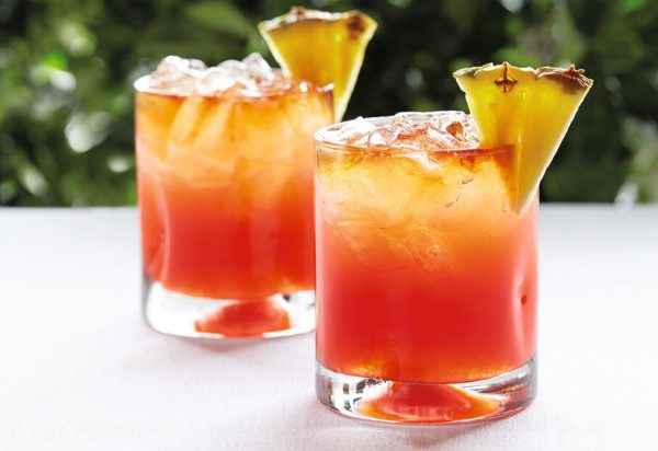 CaribbeanRumPunch featured e1492497407828 Best 5 Caribbean style cocktails to enjoy this summer