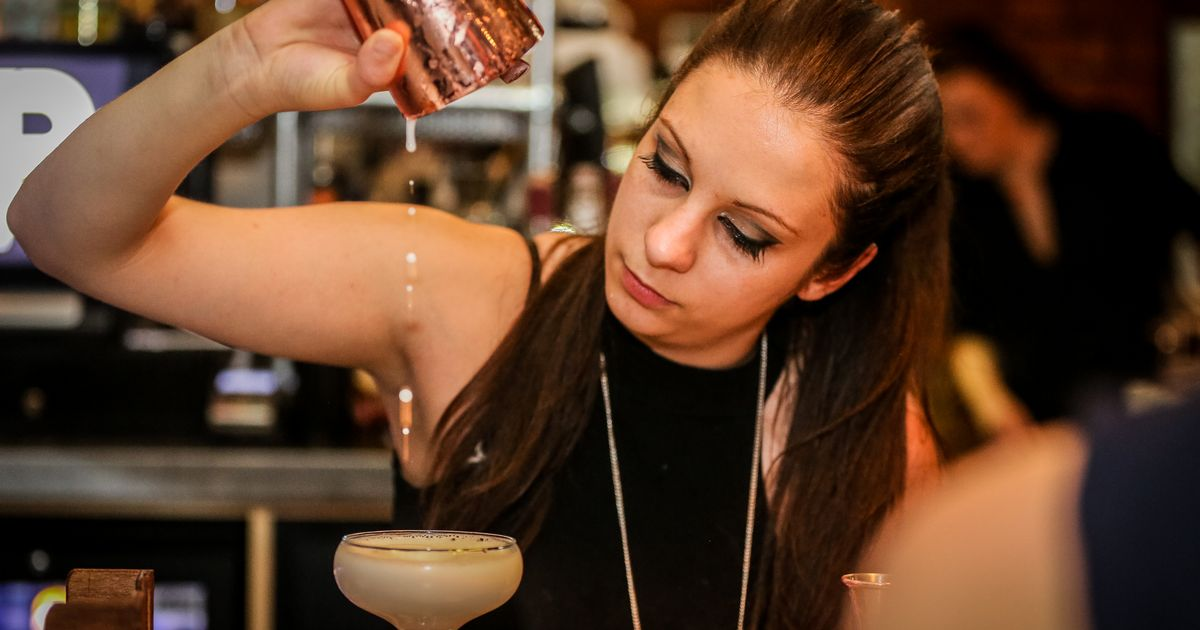 A Manchester Bar Is Giving Away Free Cocktails Tonight photo