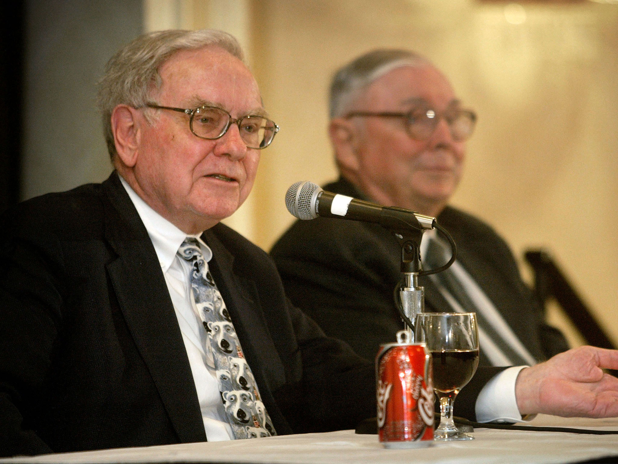 Warren Buffett's Face Will Adorn Coke Cans In China As Coca-cola Seeks To Capitalise On Investor's Fame photo