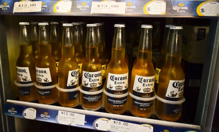 America Can't Get Enough Mexican Beer ? And Corona's Stock Is Soaring photo